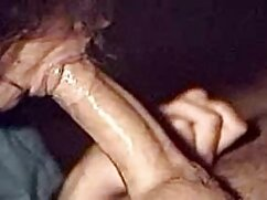 Linda rubia porno estudiantes mexicanas está nerviosa.